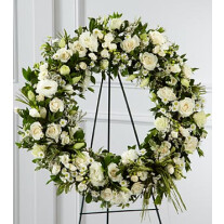 S8-4453 - The FTD® Splendor™ Wreath